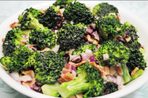 Personal Trainer Food serves up a beautiful broccoli salad for your holiday side dish