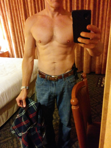 Personal trainer Food sculpted my body to 6% body fat. I have abs at age 52.